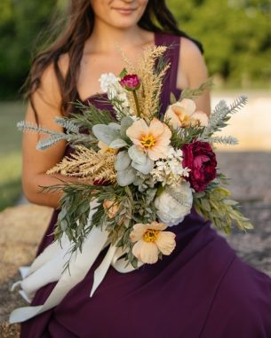 104-01A_photo2_wildflower_bridal_bouquet