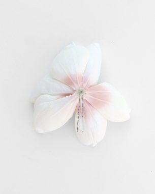 Artificial magnolia hair pin