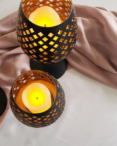 Black and gold eyelet votives for rent
