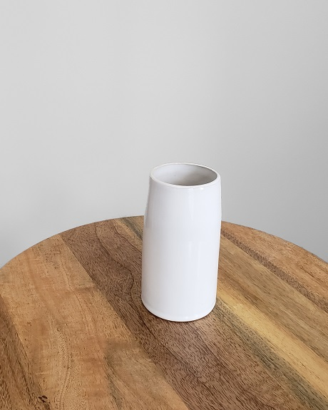 Basic white vase